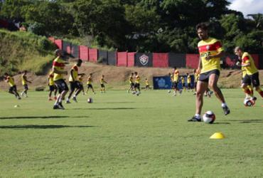 Vitória estreia na temporada contra o Sergipe em casa