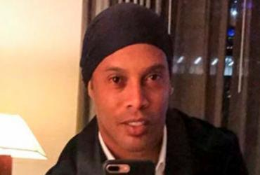 Ronaldinho Gaúcho comenta suposto noivado com duas mulheres ao mesmo tempo