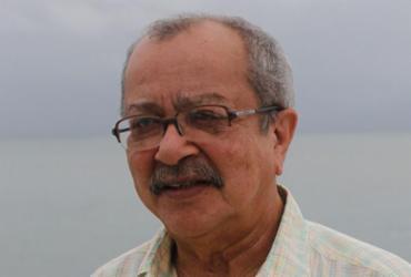 Livro sobre João Ubaldo Ribeiro é lançado em Salvador