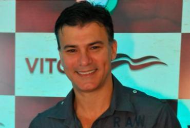 Leonardo Vieira desabafa: 'homofobia não leva ninguém à cadeia'