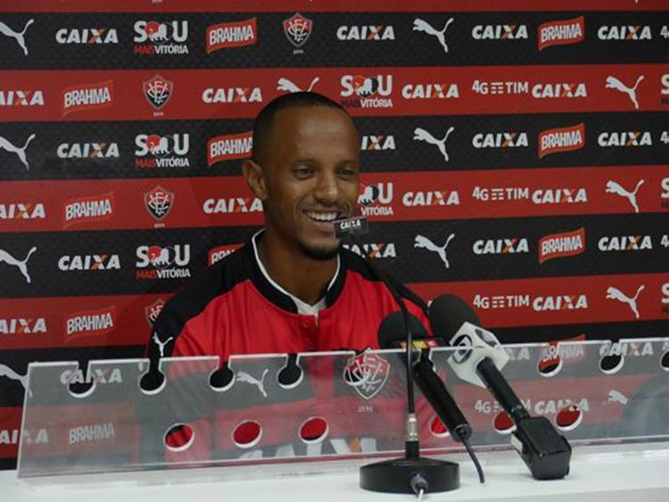 Salino mostrou bom-humor e vontade de vencer - Foto: R. Santin l EC Vitória