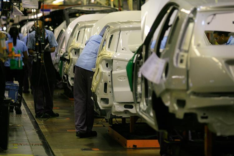 Brasil regrediu em uma década também em vendas, diz especialistas - Foto: Joá Souza l Ag. A TARDE l 12.12.2013