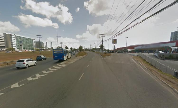 Faixa da esquerda será interditada logo após o Auto Shopping Itapuã - Foto: Reprodução | Google Maps