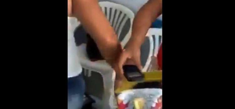 Video foi feito pelo próprio assaltante - Foto: Reprodução