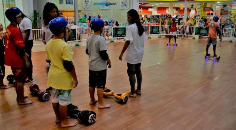 É possível alugar o skate elétrico por R$ 15 - Foto: Divulgação