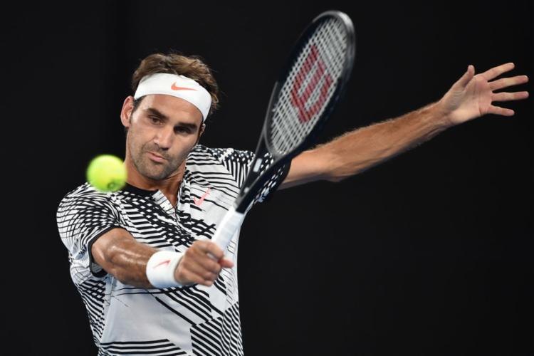 Federer tomou susto, mas conseguiu avançar - Foto: Peter Parks | AFP