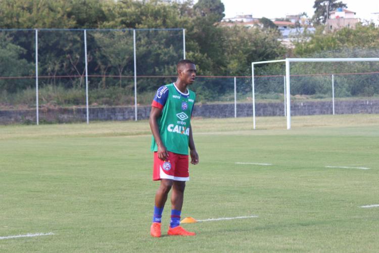 O atleta assinou com o Bahia por um ano - Foto: EC Bahia   Divulgação