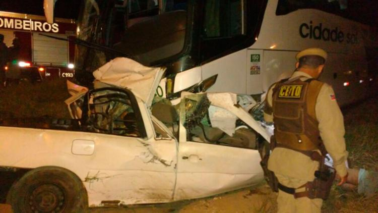 O acidente aconteceu no km 345 da BR-110, em Alagoinhas - Foto: Reprodução   Site Alta Pressão Online