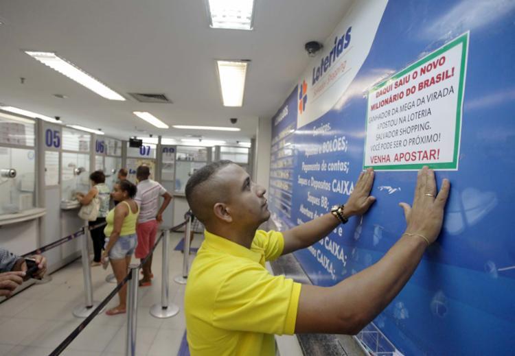 Aposta foi feita na loteria do Salvador Shopping - Foto: Raul Spinassé | Ag. A TARDE