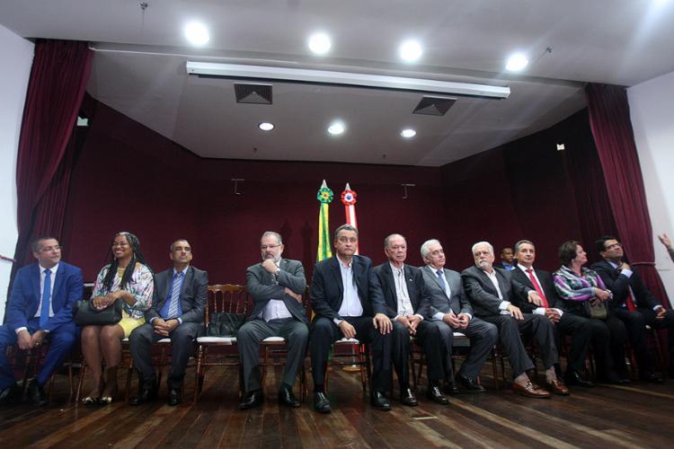 Governador Rui Costa (C) explicou, durante solenidade de posse dos novos secretários, os objetivos da reforma - Foto: Lúcio Távora l Ag. A TARDE