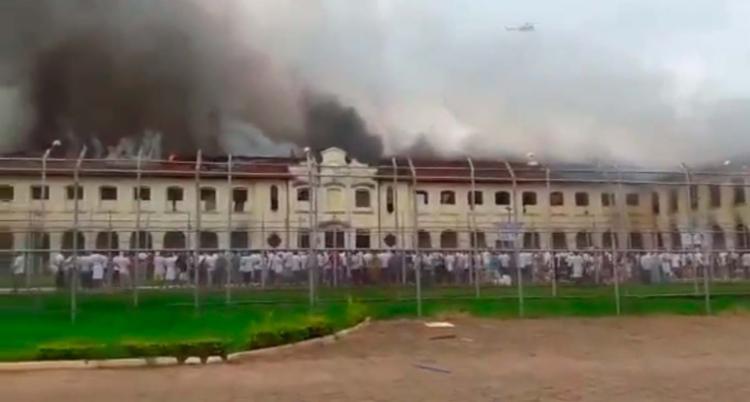 Cerca de 200 detentos aproveitaram a confusão para escapar - Foto: Reprodução