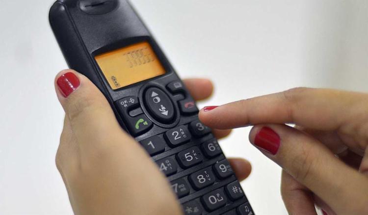 Anatel aprova reajuste de 1,33% nas chamadas de telefones fixos para celulares - Foto: Marcello Casal Jr./Agência Brasil