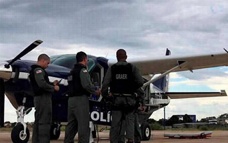 Equipes das polícias Civil e Militar estão na região em busca dos demais envolvidos - Foto: Blog do Sigi Vilares l Ag. A TARDE