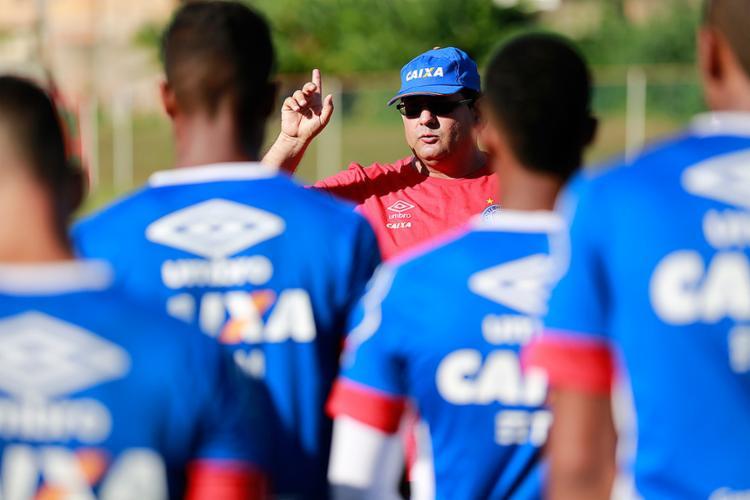 Guto quer dar tempo de jogo para todos no elenco - Foto: Felipe Oliveira l EC Bahia
