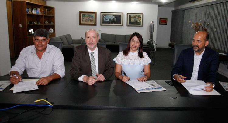 Prefeitos estiveram na sede do A TARDE renovando a contratação do programa A TARDE Educação - Foto: Lúcio Távora | Ag. A TARDE