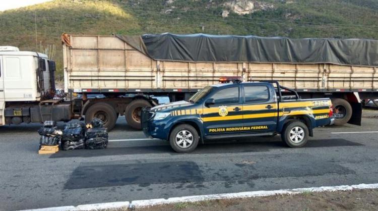 A maconha foi apreendida pela Polícia Rodoviária Federal - Foto: Reprodução | Polícia Rodoviária Federal