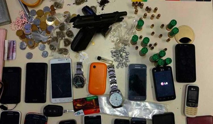 Os suspeitos foram flagrados durante um monitoramento de rotina, na Avenida Luiz Viana Filho (Paralela) - Foto: Ascom | Polícia Civil