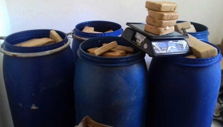 A polícia também encontrou mais de 400 kg de drogas - Foto: Ascom | Polícia Civil