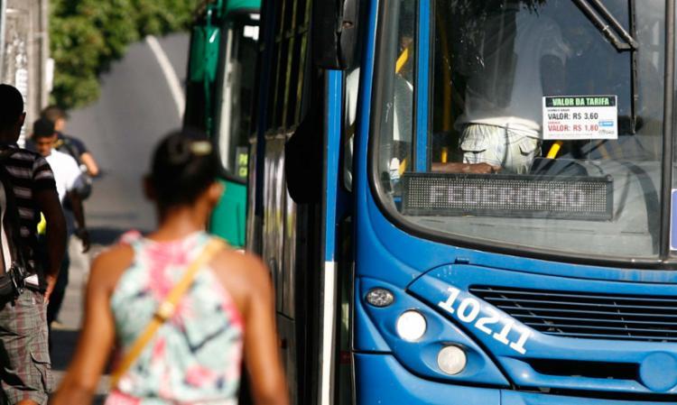 Nova tarifa passa a vigorar hoje em Salvador, com reajuste aplicado pelo índice do IPCA de 2016 - Foto: Edilson Lima | Ag. A TARDE