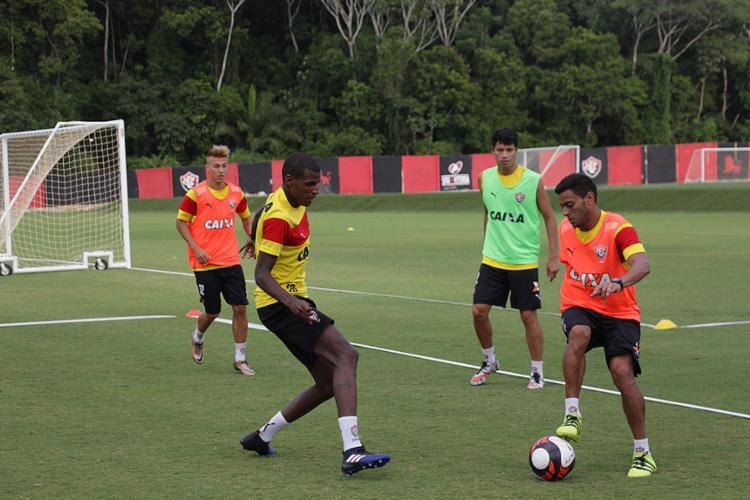 Regularizado, Cleiton Xavier fará sua estreia oficial pelo Vitória neste domingo - Foto: Moysés Suzart l EC Vitória