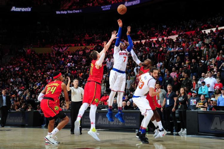Carmelo Anthony fez 45 pontos, mas não conseguiu evitar a derrota do Knicks - Foto: Scott Cunningham   NBAE   Getty Images   AFP