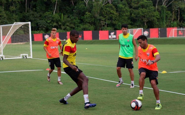 Bruno Ramires já treina com o restante do elenco - Foto: Moysés Suzart   EC Vitória