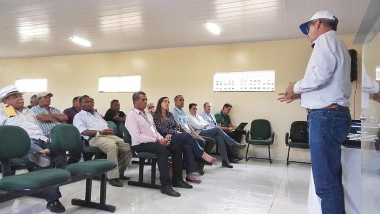 Kênia visitou projetos públicos de irrigação na Bahia - Foto: Cássio Moreira l Codevasf l Divulgação