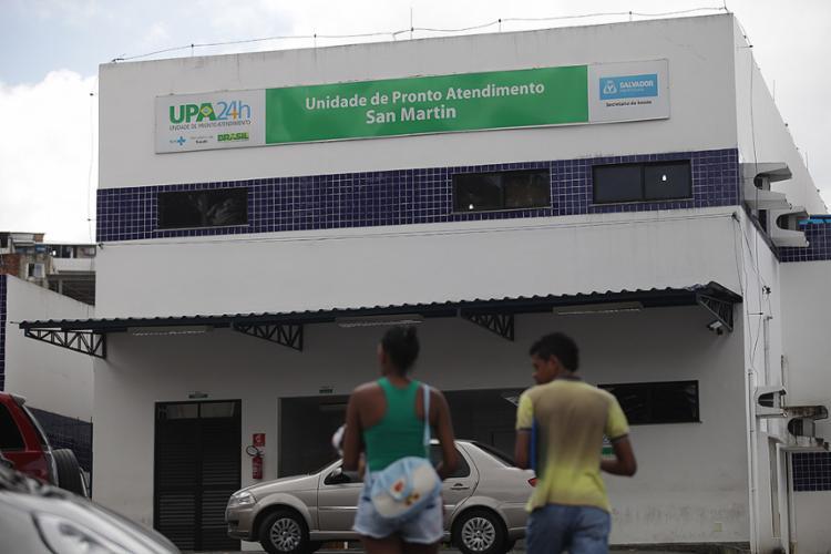 UPA localizada na avenida San Martin continua atendendo - Foto: Raul Spinassé l Ag. A TARDE