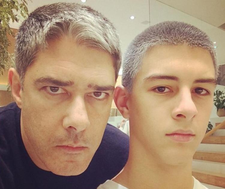O jornalista foi substituído por Chico Pinheiro na noite desta terça-feira, 3 - Foto: Reprodução | Instagram
