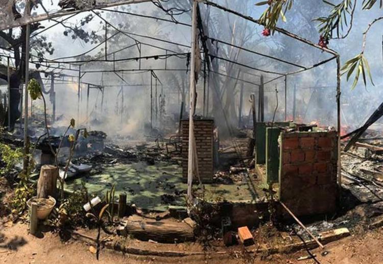 Quatro trailers foram destruídos e um teve perda parcial - Foto: Divulgação | Corpo de Bombeiros