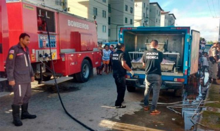 Bombeiros conseguiram controlar as chamas; Polícia Técnica esteve no local - Foto: Paulo José | Reprodução | Acorda Cidade