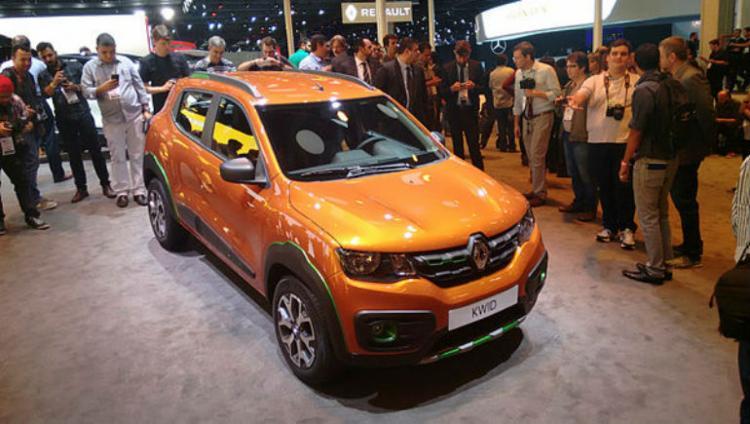 O Kwid é um hatch compacto com pegada de mini-SUV; terá motor 1.0 de três cilindros - Foto: Roberto Nunes / Ag. A Tarde