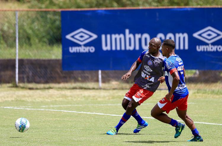 Único reforço anunciado até agora, o colombiano Pablo Armero fez ontem seu primeiro treino - Foto: Felipe Oliveira l EC Bahia l Divulgação