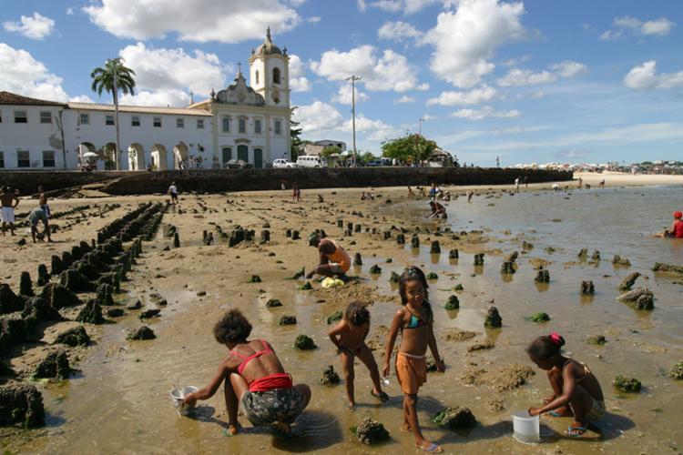 Oito praias estão impróprias para banho em Salvador - Foto: Antonio Queiros / Ag A TARDE / 17.11.2002