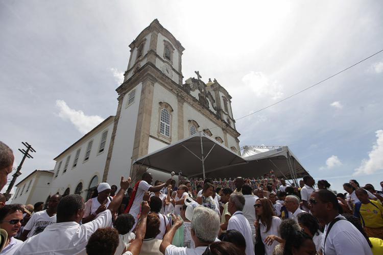 Público marcou presença nas 12 cerimônias ao longo do dia - Foto: Raul Spinassé l Ag. A TARDE