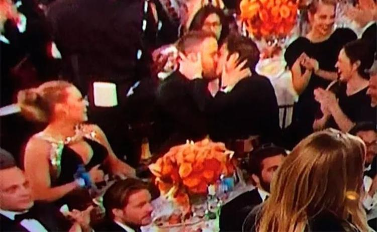 Internautas brincam com beijo entre os atores - Foto: Reprodução | Twitter