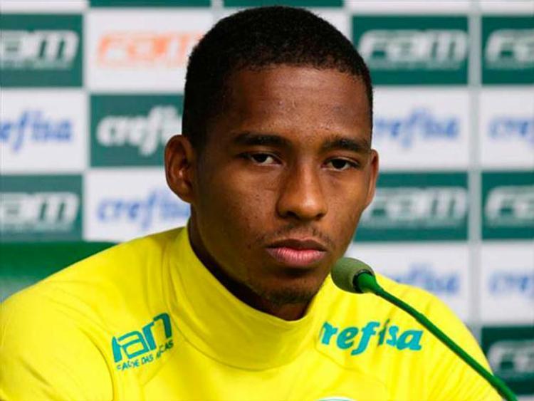 Jogador Matheus Sales não está na relação dos atletas que viajam hoje - Foto: Divulgação | Flickr | Palmeiras