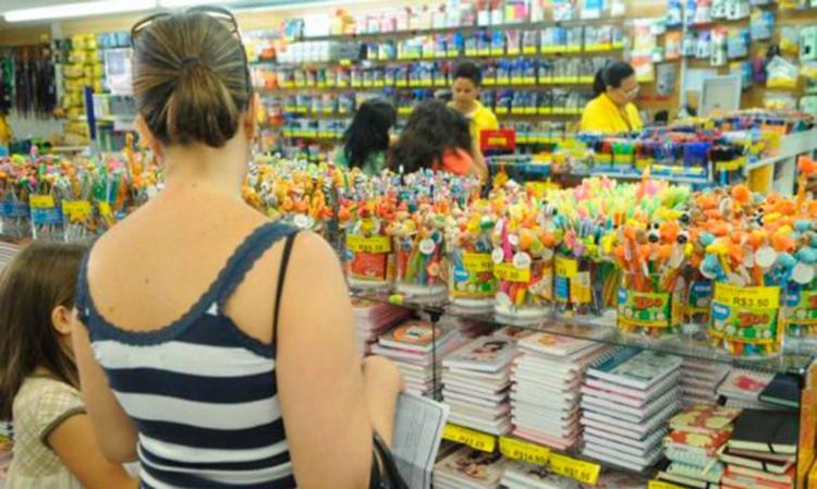 Pais devem ficar atentos, ainda mais nesse período de crise - Foto: Arquivo Agência Brasil