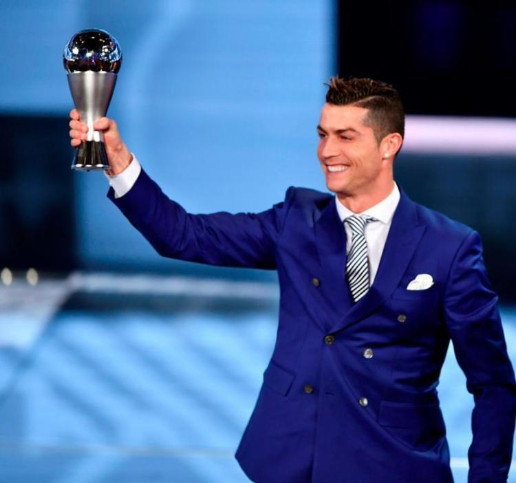 Ronaldo ganhou o prêmio de melhor do mundo pela 4ª vez - Foto: Fabrice Coffrini | AFP