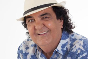 Paulinho Boca de Cantor e Walter Queiroz apresentam shows carnavalescos