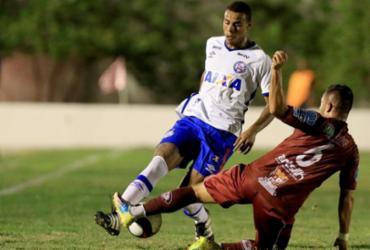 Em noite de apagão, Bahia empata com Jacuipense em 0 a 0