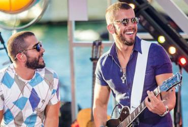 Os irmãos Rafa e Pipo Marques vão pilotar o bloco Banana Coral