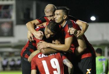 Vitória goleia o Flamengo de Guanambi por 6 a 1 e lidera Baianão