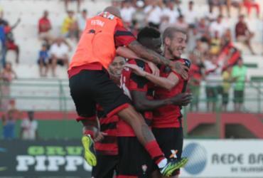 Vitória bate Bahia de Feira por 1 a 0 e mantém 100% de aproveitamento no Baiano