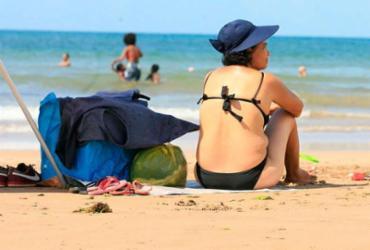 Soteropolitanos curtem verão com kit praia do lado