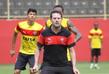 David e Argel participam de 'treino-ressaca' no Barradão