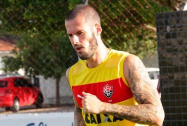 Zagueiro do Vitória já pensa em decisão pela Copa do Brasil
