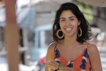 Mesa posta: Bela Gil lança livro em Salvador |