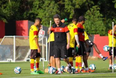 Vitória se reapresenta com treino para os reservas