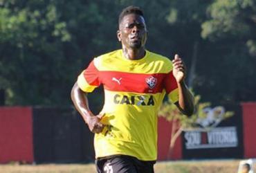 Kanu pode voltar ao time do Vitória no sábado